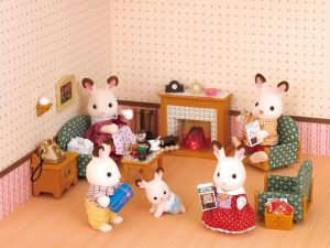 Calico Critters deluxe living room set | best dollhouse on Amazon