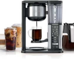 Barista's Choice: 10 Best Coffee Maker with Grinders in 2021